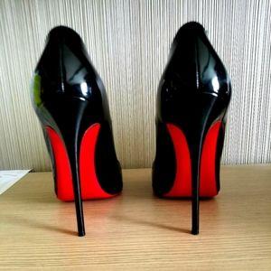 Size 8 Louboutin So Kate's
